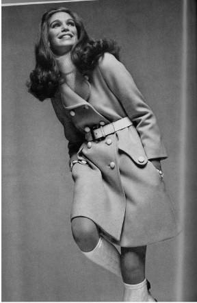 1969년도 영국 vogue잡지 (5).jpg